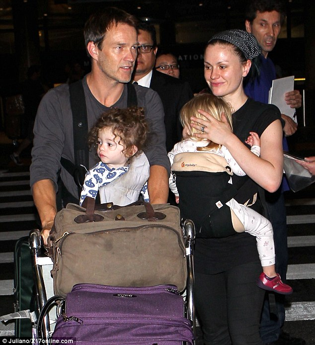 Stephen Moyer and Anna Paquin and their twins.